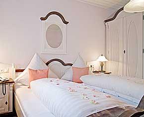 weihnachtsreisen 2018 2019 hotel r desheim rhein. Black Bedroom Furniture Sets. Home Design Ideas