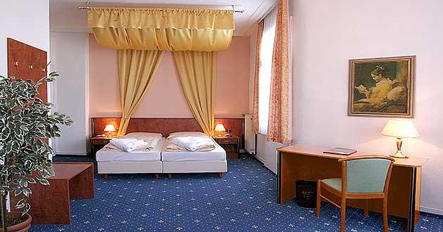 weihnachten 2018 2019 hotel schlosshotel schwarzwald. Black Bedroom Furniture Sets. Home Design Ideas