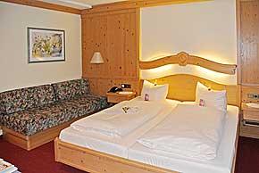 weihnachten hotel w rzburg 2015 2016 weihnachtsangebot weihnachtsarrangement franken. Black Bedroom Furniture Sets. Home Design Ideas