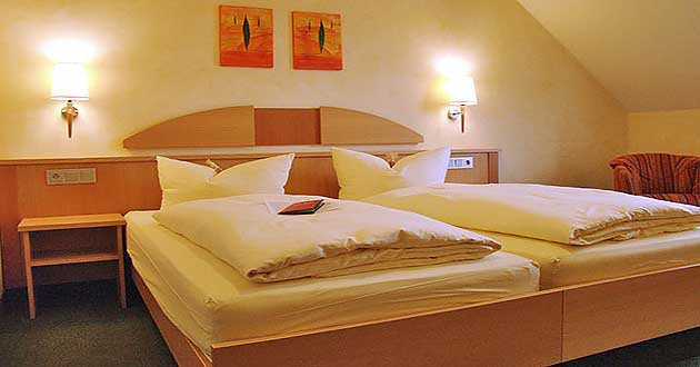 weihnachtsangebot hotel weihnachten w rzburg. Black Bedroom Furniture Sets. Home Design Ideas